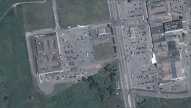 Lachute Walmart Centre