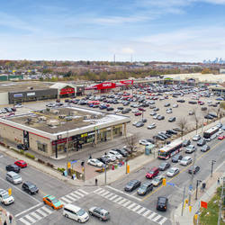 Shoppers World Danforth
